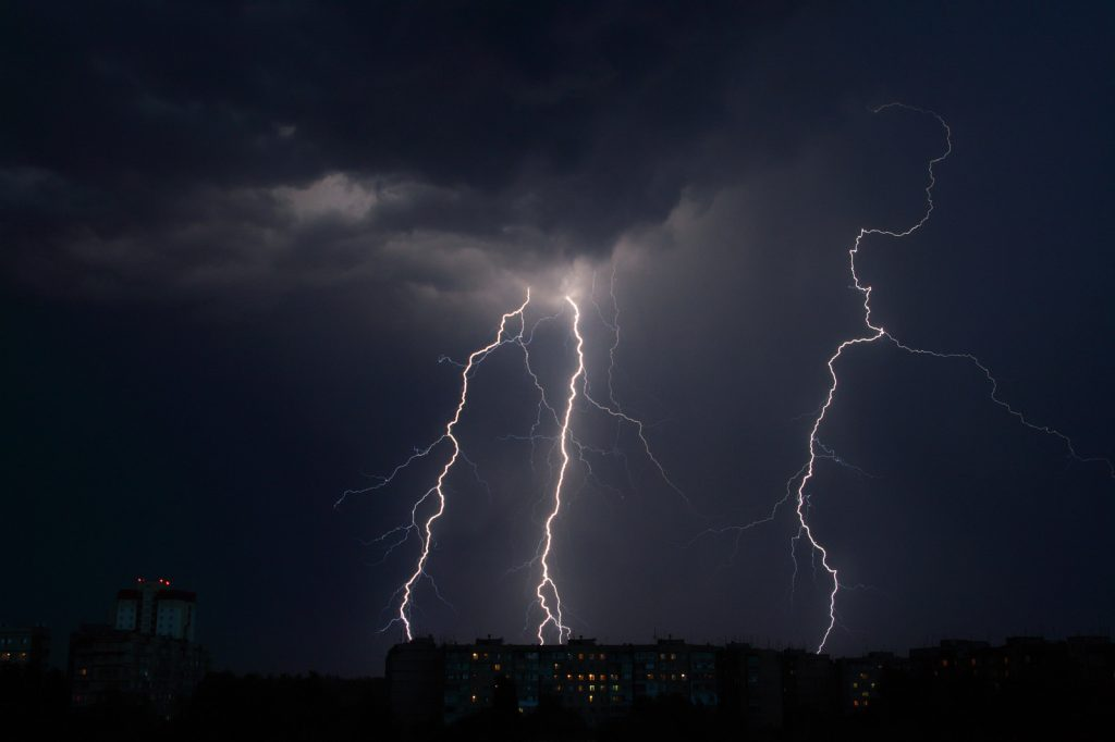 Thunderstorm canstockphoto5305187